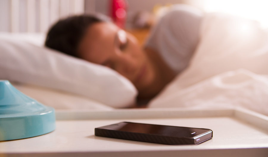 Cómo despertarte más temprano (y cambiar cualquier otra conducta)